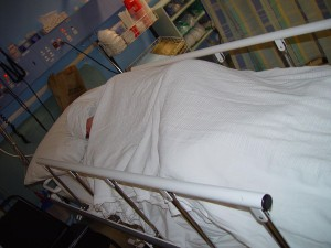 5-10-15 Patient_in_hospital_bed_joondalup_health_campus