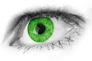 5-10-15 green-eye-detail