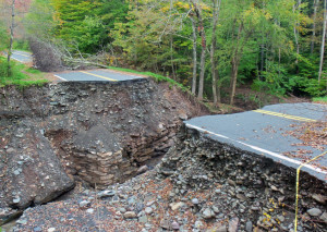 Emergency Deep_gorge_created_in_road_after_Hurricane_Irene_flooding,_Oliverea,_NY