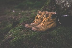 Mistakes a prepper must avoid when using a boot knife